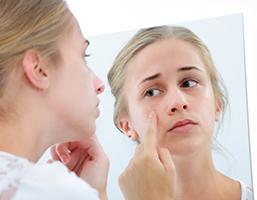 Nicht apprative Kosmetikbehandlung Beautymanufactur